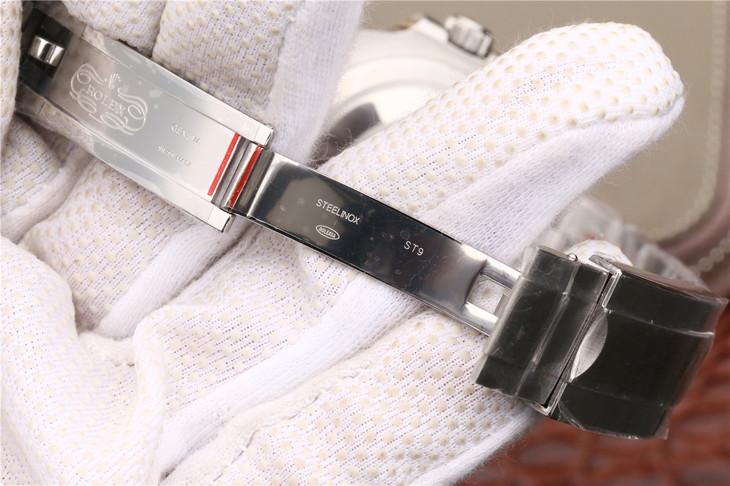 Replica Rolex 116610LV Deployant Clasp