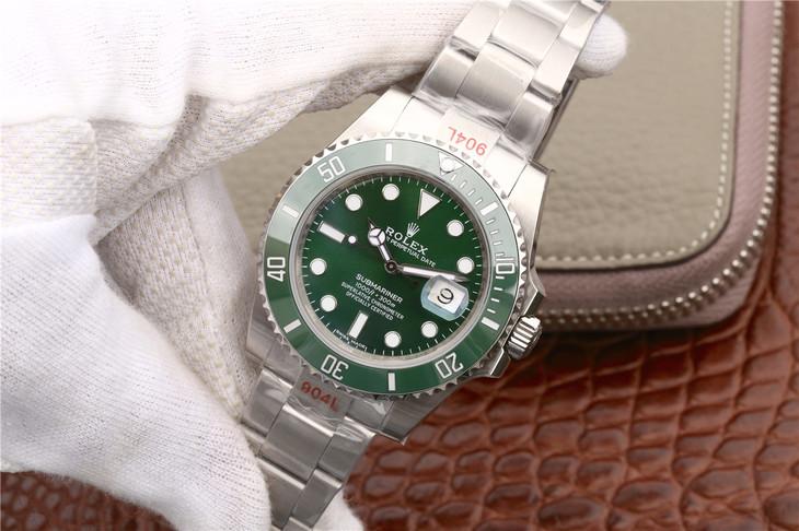 Replica Rolex Green Submariner 116610LV Ceramic