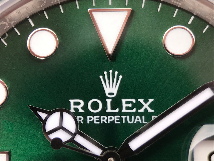 Rolex Submariner 116610LV Dial Printing