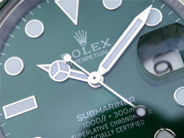 Rolex Submariner 116610LV Green Dial with Hands