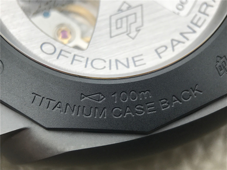 V2 PAM 441 Case Back Engravings