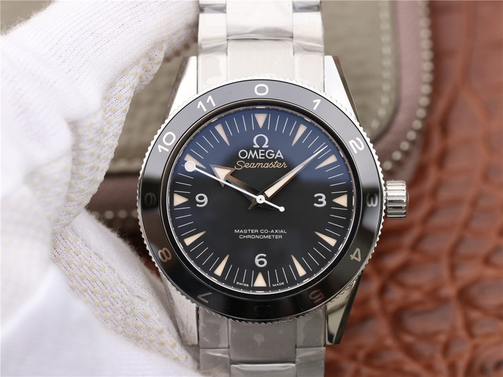 V6 Ultimate Replica Omega Spectre 007