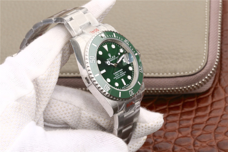 V8S Replica Rolex Submariner 116610LV 904L Case