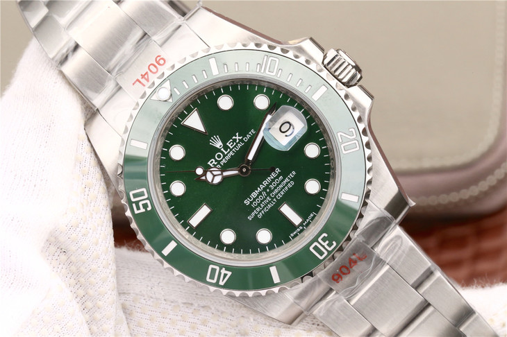 V8S Replica Rolex Submariner Green Dial