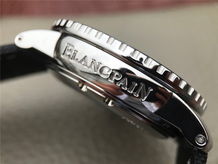 BLANCPAIN Engraving