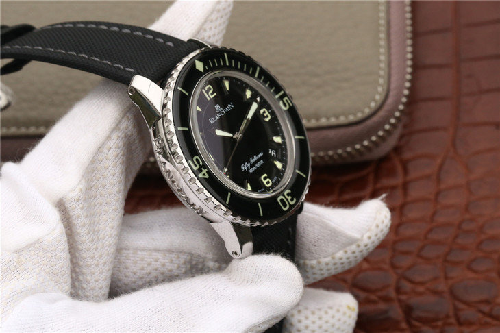 Blancpain Fifty Fathoms Case