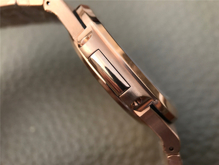 Patek Philippe 5711 Rose Gold Case