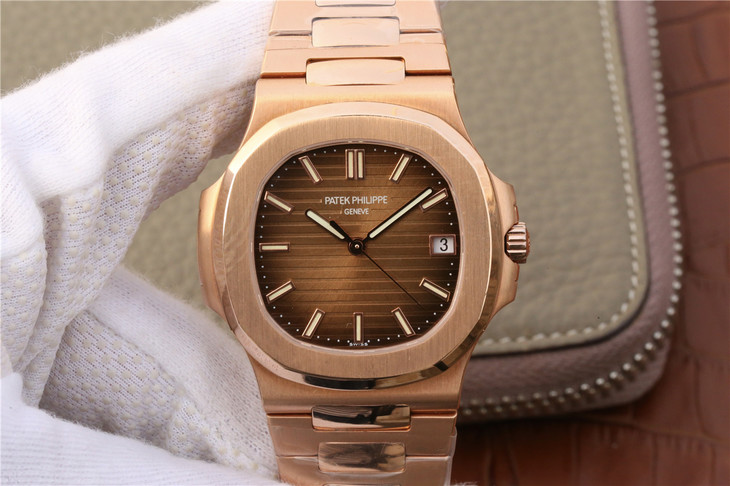 Replica Patek Philippe Nautilus Jumbo 5711 Rose Gold Watch With
