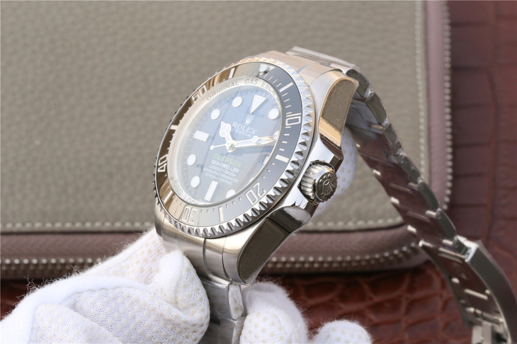 Replica Rolex DEEPSEA D-Blue Crown