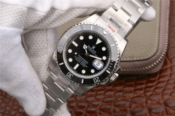 V9 Replica Rolex Submariner 116610LN