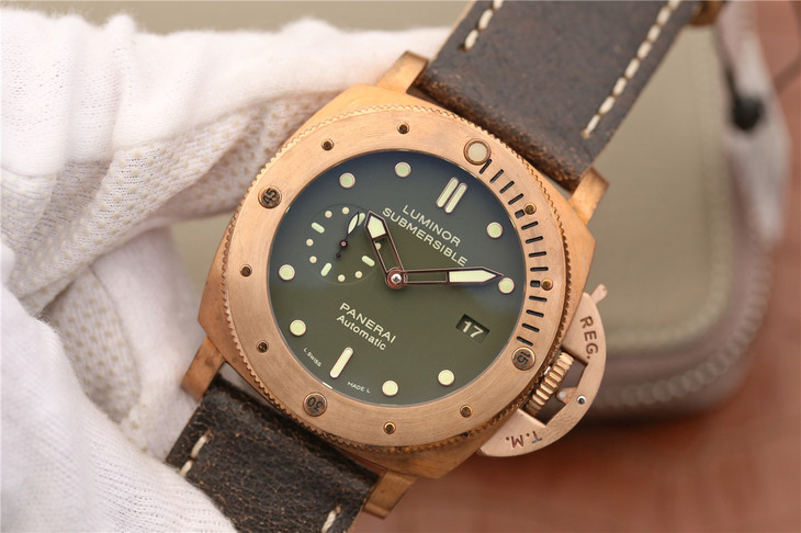Panerai Bronze Watch Replica