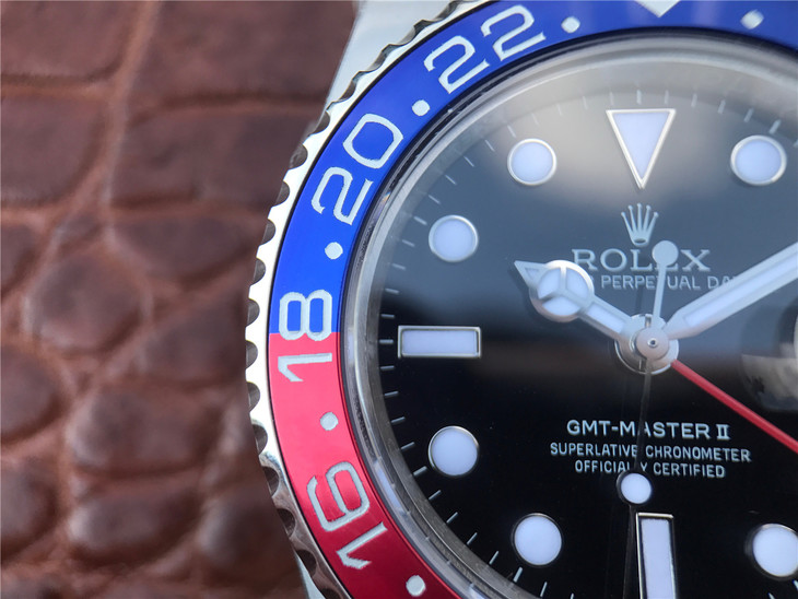Replica Rolex GMT Bezel Engravings