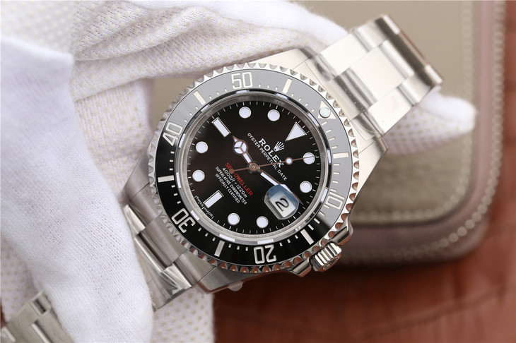 Replica Rolex Sea-Dweller Red