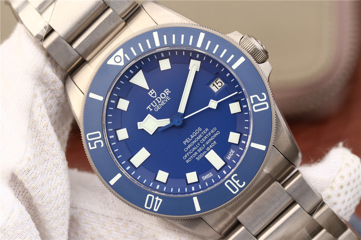 Replica Tudor Blue Watch