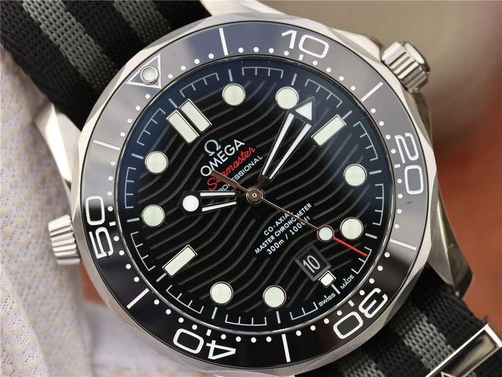 Replica Omega Diver Black Ceramic Bezel