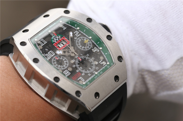 Replica Richard Mille RM011 Wrist Shot