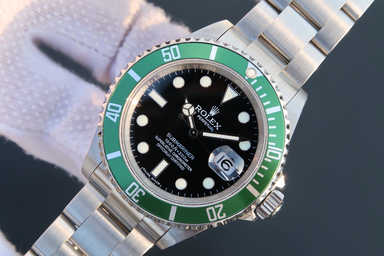 Replica Rolex Vintage Green Submariner Watch
