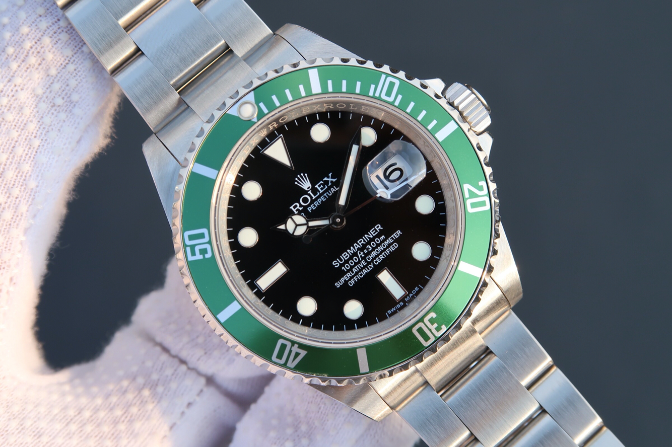 Replica Rolex Vintage Submariner 16610LV