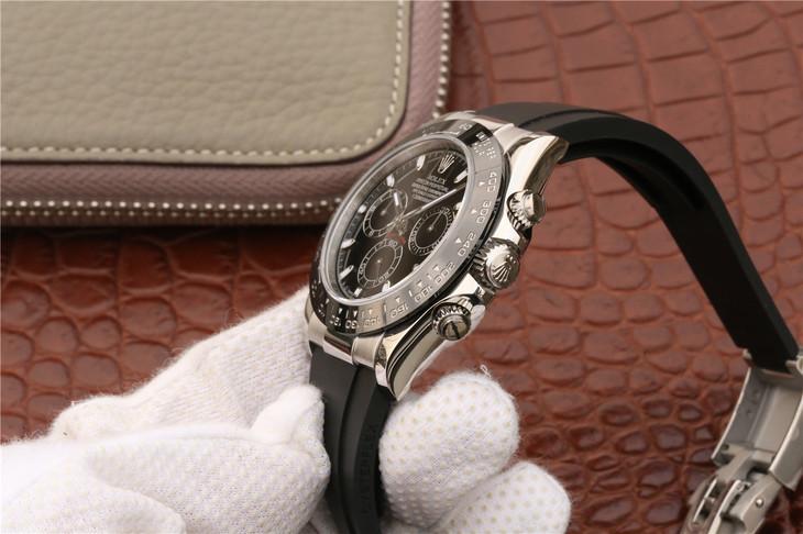 Rolex Daytona 116500 Chronograph Buttons