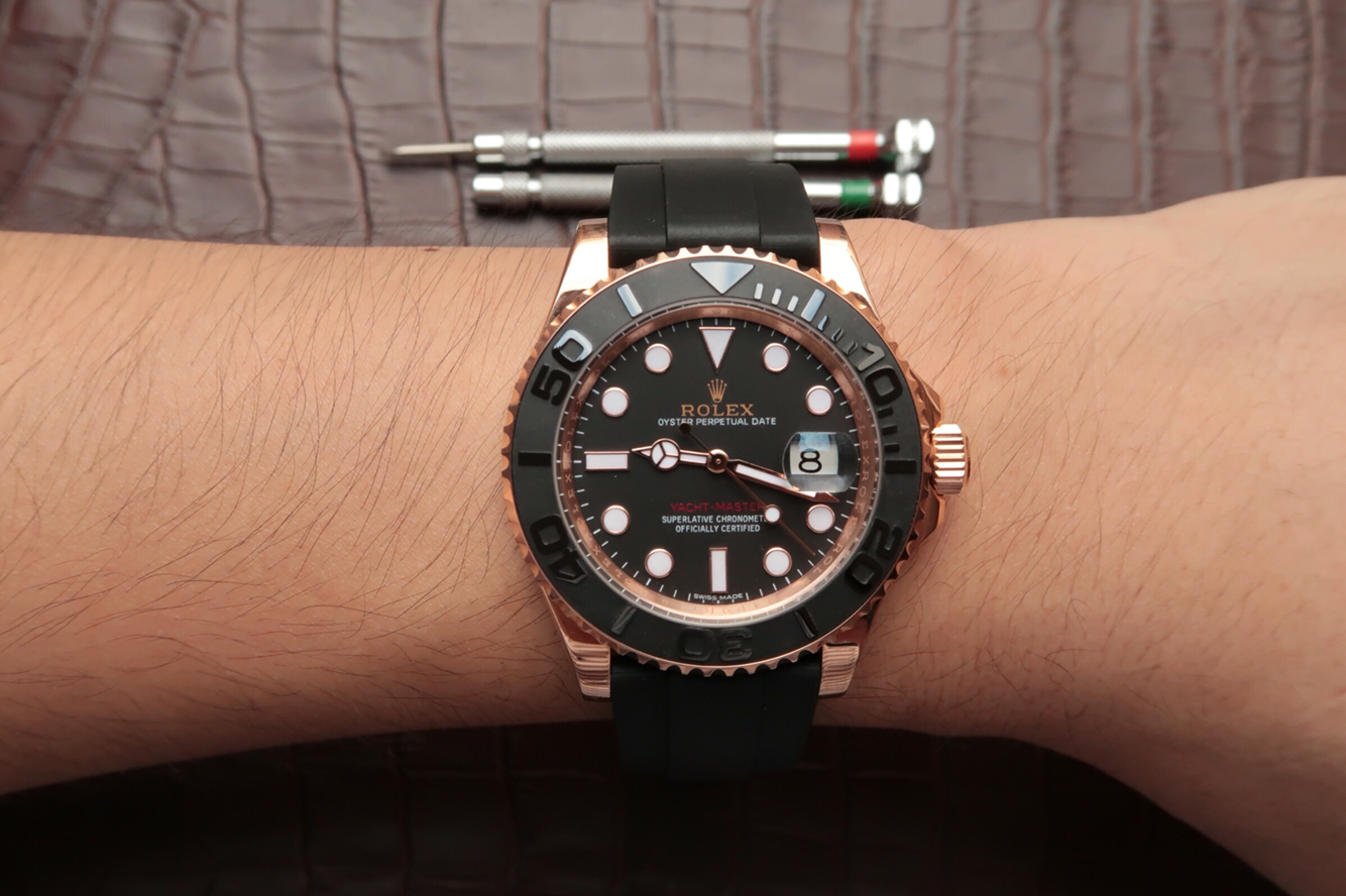 Replica Rolex YachtMaster 116655 Wrist Shot