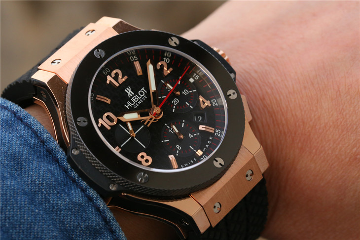 Hublot Rose Gold Watch Wrist Shot