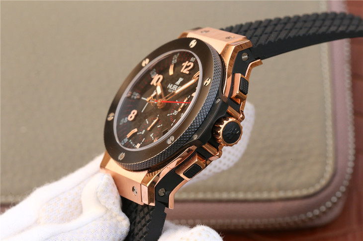Hublot Rubber and Rose Gold
