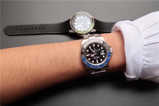 Noob V8 Rolex GMT-Master 116710 Wrist Shot