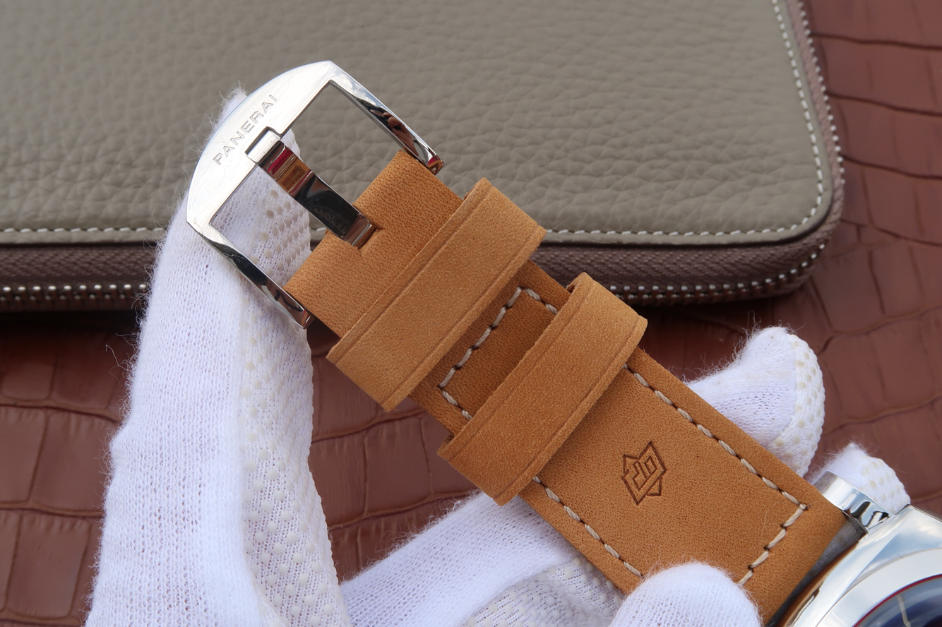 PAM 690 ASSO Brown Leather Strap