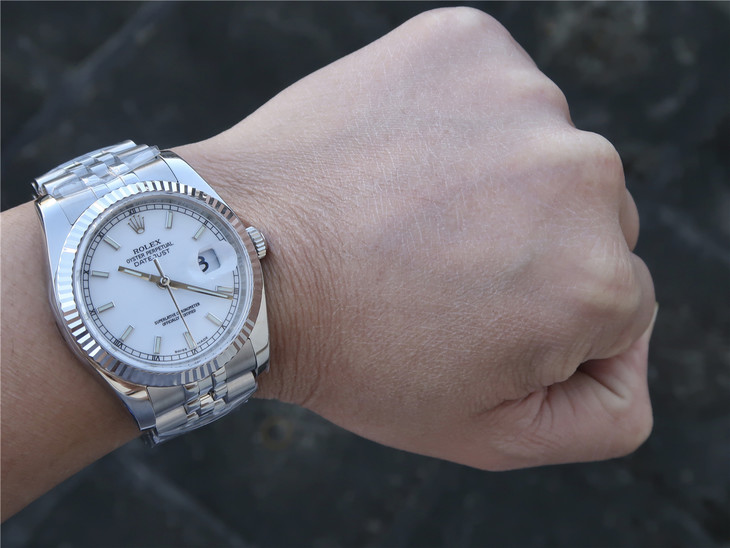 Replica Rolex Datejust Pearl White Wrist Shot