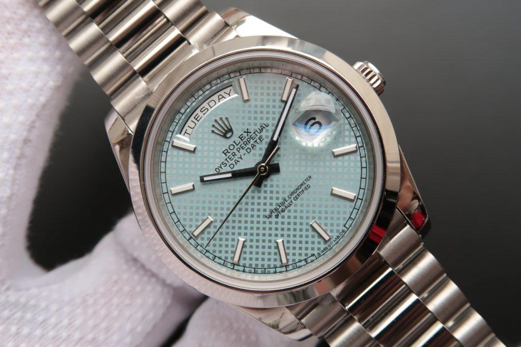 Replica Rolex Day Date 228206