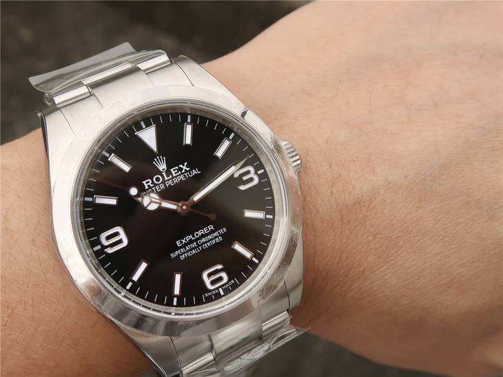 Replica Rolex Explorer I Wrist Shot