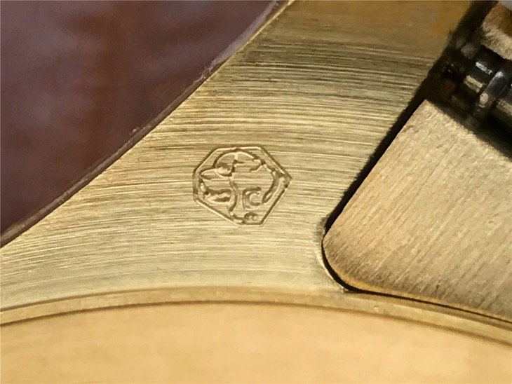 Rolex Daytona Lug Engraving 4