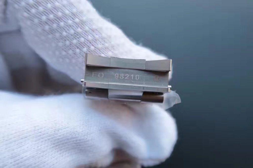 116660 Bracelet Engraving