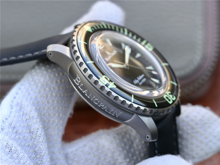 Replica Blancpain Fifty Fathoms Titanium Watch