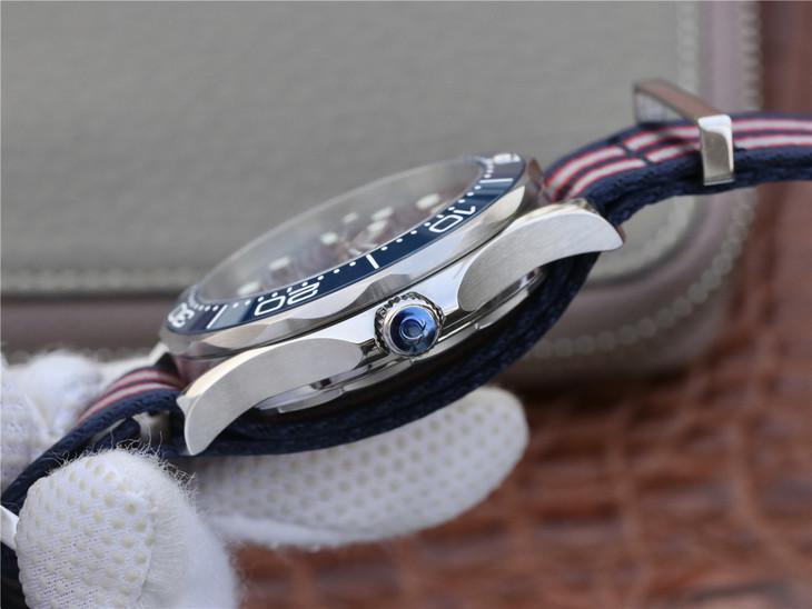 Replica Omega Seamaster Blue Crown