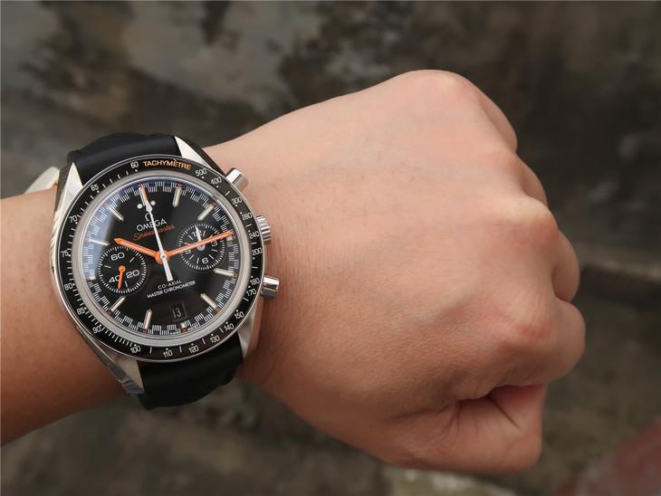 Replica Omega Speedmaster Wrist Shot