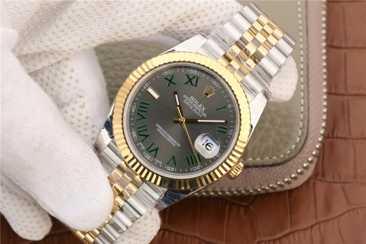 Replica Rolex Datejust II 41mm Golden Watch