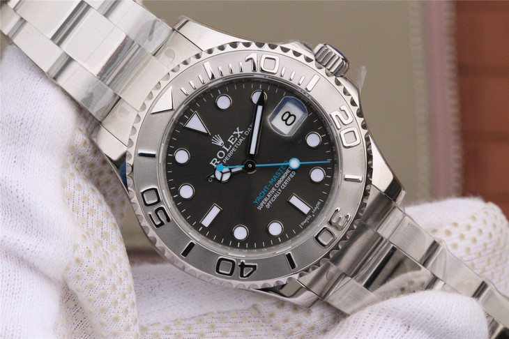 Replica Rolex YachtMaster 37mm