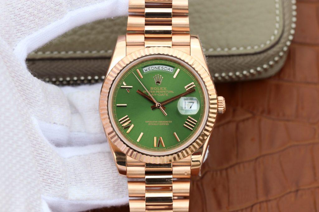Replica Rolex Day Date 40mm Rose Gold