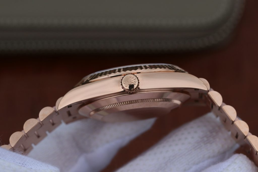 Replica Rolex Day Date Rose Gold Case