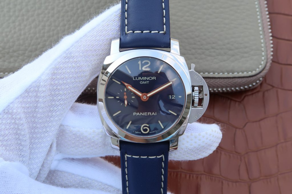 Replica Panerai Luminor GMT Blue