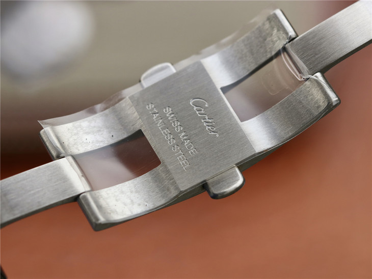 Cartier Ballon Bleu 42mm Clasp