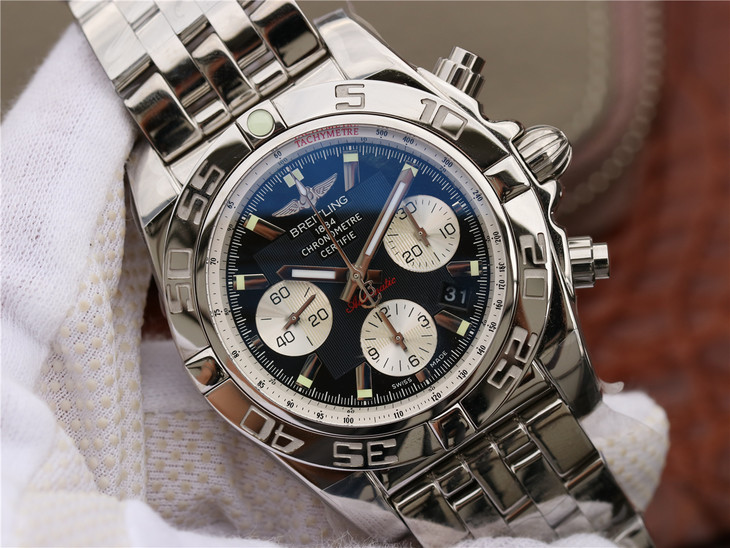Replica Breitling Chronomat B01