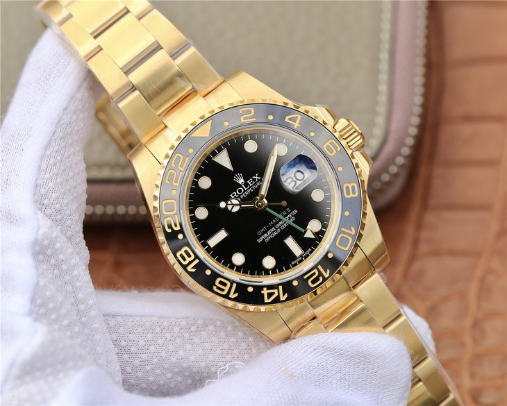 Replica Rolex GMT-Master II 116718LN Yellow Gold