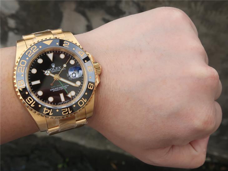 Rolex GMT-Master 116718LN Wrist Shot
