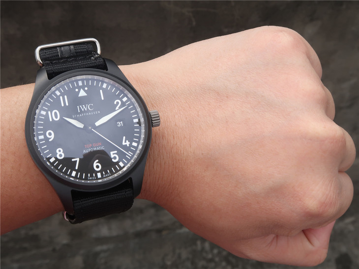 IWC Top Gun IW326901 Wrist Shot
