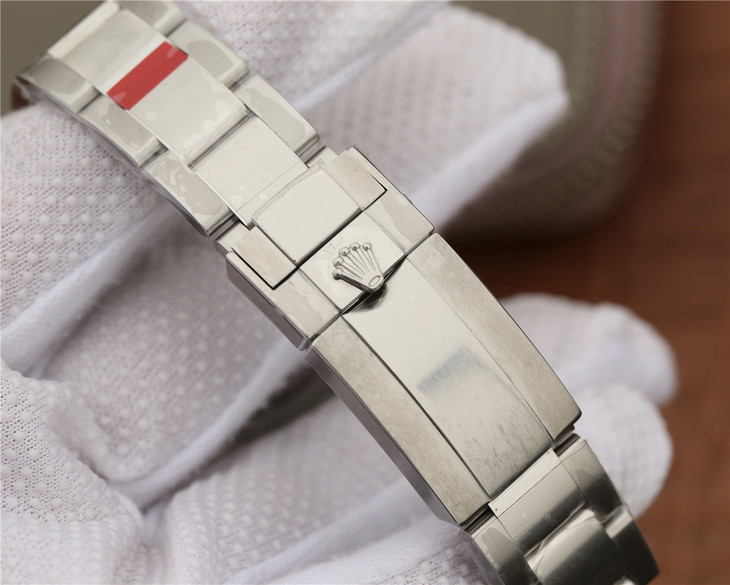 Rolex GMT-Master II 116719BLRO Oyster Bracelet