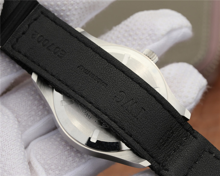 IW327007 Black Leather Strap