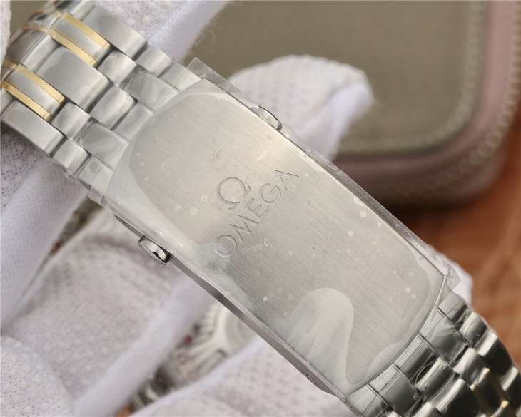 Omega Seamaster Diver 300m Two Tone Bracelet