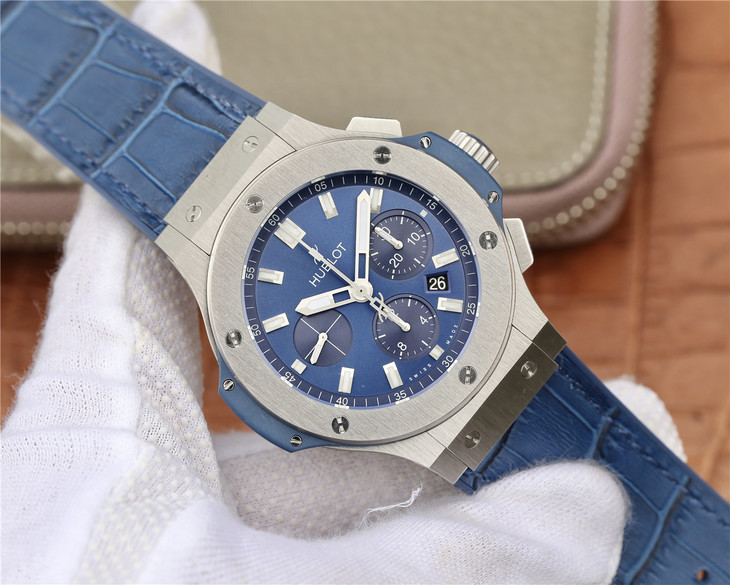 Replica Hublot Big Bang Blue Watch